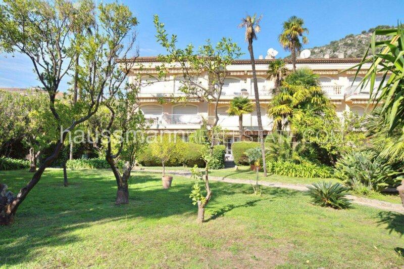 appartement 4 pièces avec vue mer et piscine