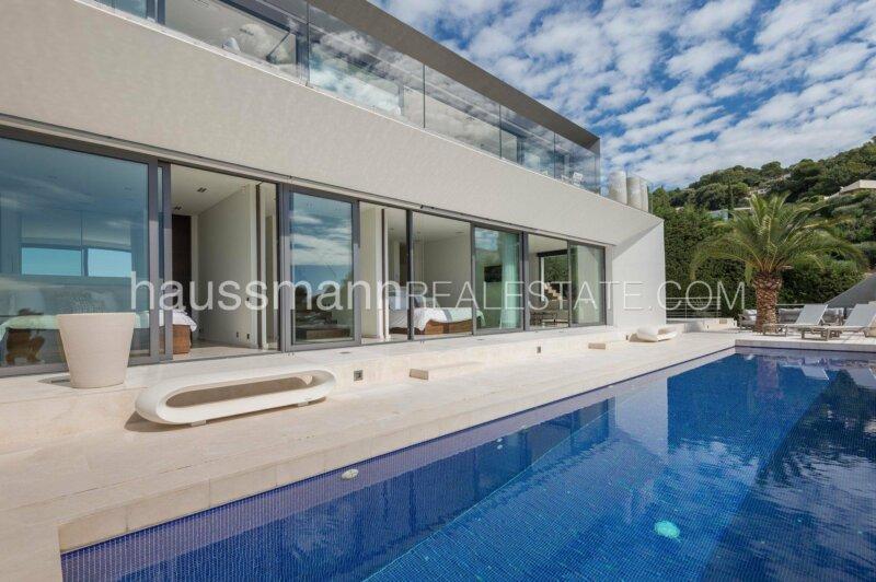 bijou d'architecture contemporaine avec vue mer