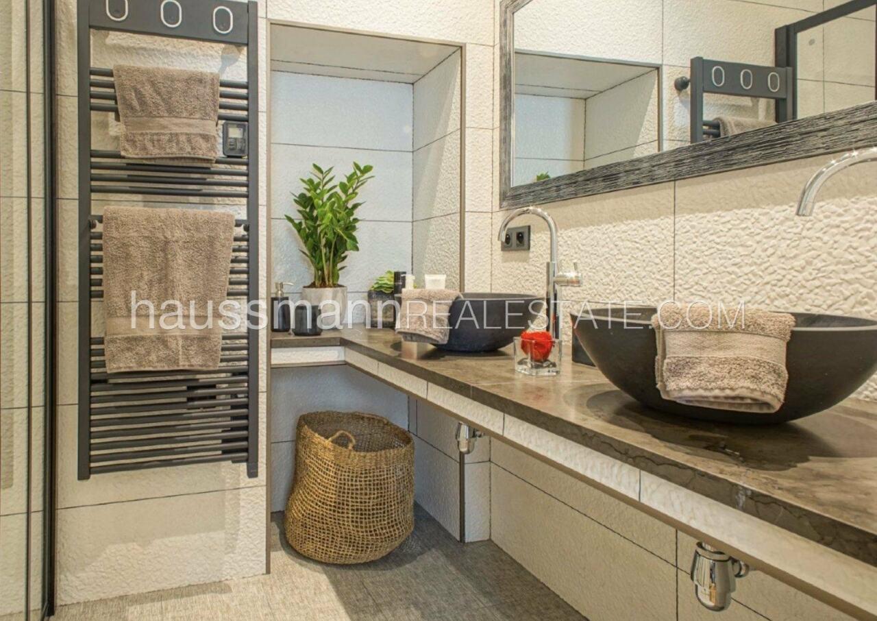 appartement DESIGN et LUXUEUX 92 m2  PORT DE NICE image 5
