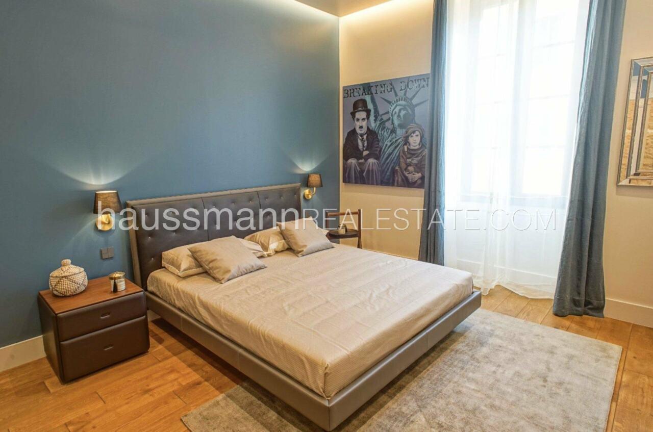 appartement DESIGN et LUXUEUX 92 m2  PORT DE NICE image 2