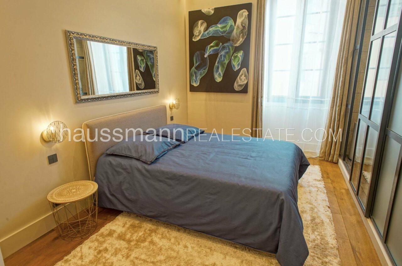 appartement DESIGN et LUXUEUX 92 m2  PORT DE NICE image 4