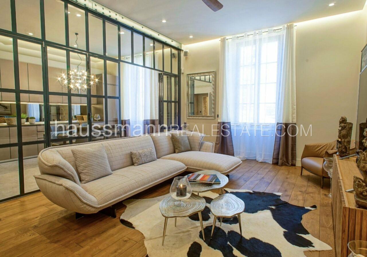 appartement DESIGN et LUXUEUX 92 m2  PORT DE NICE image 8