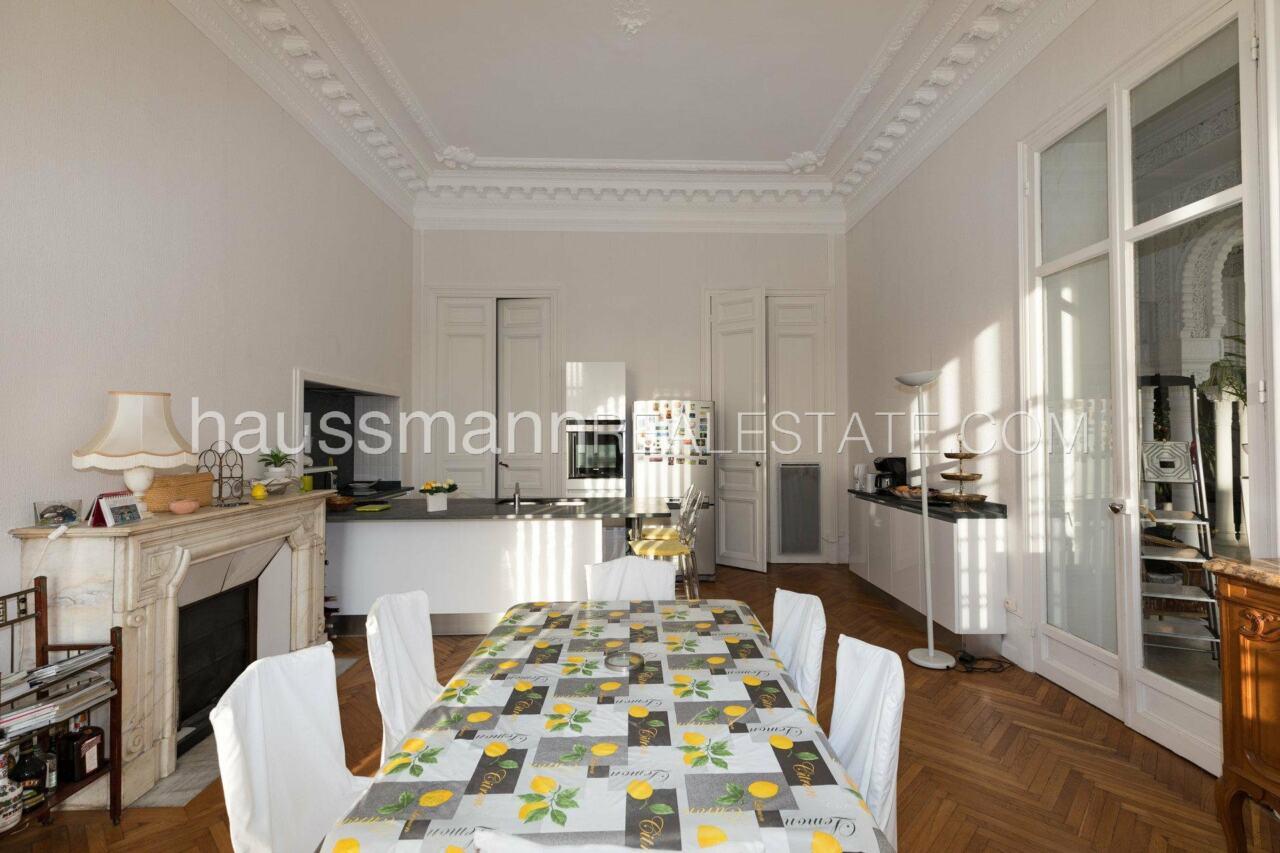 appartement Grand Appartement, terrasse 64 M2 face à la cathédrale russe image 26
