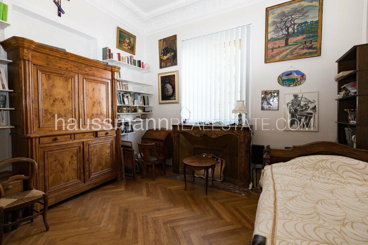 appartement Grand Appartement, terrasse 64 M2 face à la cathédrale russe image 11