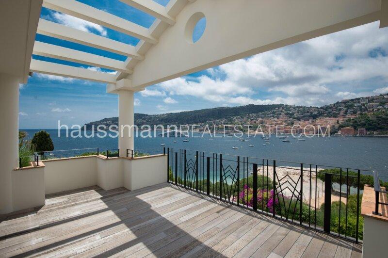 luxueuse propriété avec un accès direct à la mer